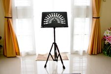 Free Music Stand In Home Stock Photos - 26628803