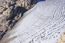 Free Glacier With Cracks On The Mountain Slope Stock Images - 26636714