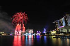 Free Singapore National Day 2012 Fireworks Royalty Free Stock Photo - 26637025
