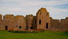 Dunnottar Castle Well And Castle Ruins Stock Photo