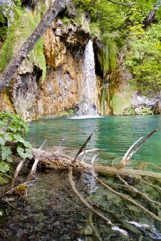 Free Waterfall - Plitvice Lakes. Stock Photo - 26655550