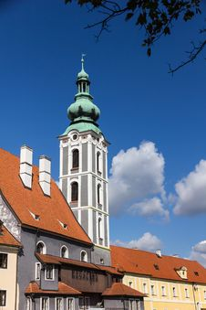 Free Tower In Baroque Style In Cesky Krumlov Royalty Free Stock Images - 26658149
