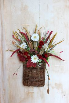 Free Pretty Fall Arrangement Royalty Free Stock Images - 26658309