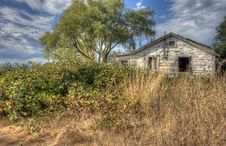 Free Delapidated Country Home Stock Photos - 26660523