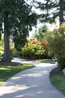 Free Garden Path Royalty Free Stock Photo - 26662285