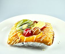 Free Sweet Fruit Danish Stock Photography - 26673602