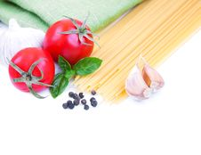 Free Pasta And Vegetables Royalty Free Stock Photos - 26675148