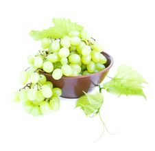 Free Grape Cluster Royalty Free Stock Image - 26675156