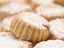 Free Cupcakes With Icing Sugar Stock Photos - 26675753