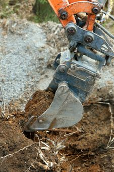 Free Excavator Digging Ground Stock Photo - 26676540
