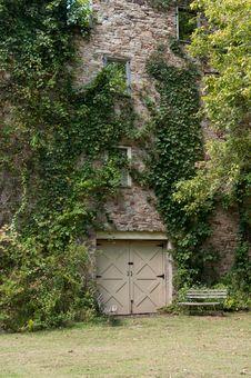 Free Old Abandoned House Stock Image - 26679031