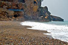 Free Ledge Beach Royalty Free Stock Photography - 26687587