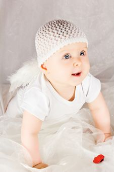 Free Baby Cupid With Angel Wings Stock Photos - 26691693