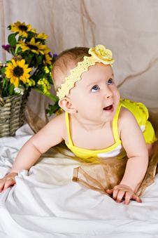 Free Beautiful Baby Girl Smiling And Looking Up Royalty Free Stock Photography - 26691877