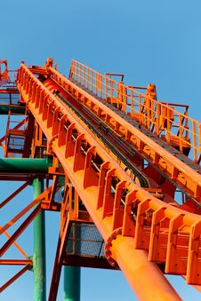Free Roller Coaster Track Royalty Free Stock Photo - 26697945