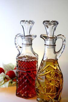 Free Oil & Vinegar Cruets Stock Photo - 2672140