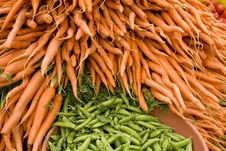 Free Carrots And Snap Peas Stock Images - 2672304