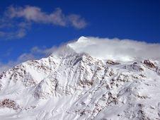 Free Mountain Peak Stock Images - 2673934