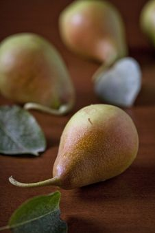 Free Pears Royalty Free Stock Photo - 26702375