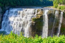 Free Waterfall Royalty Free Stock Photography - 26703427