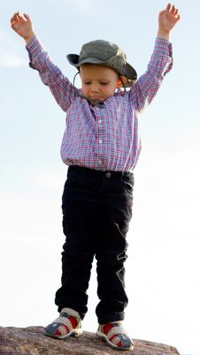 Free Little Boy Balanced On A Rock Royalty Free Stock Photos - 26718728