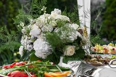 Flowers Bouquet On Holiday Table Royalty Free Stock Photos