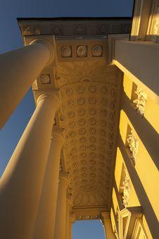 Free Golden Pillars Vilnius Royalty Free Stock Photo - 26730235