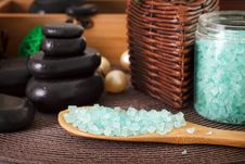 Free Bath Sea Salt Stock Photography - 26732822