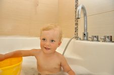 Free Happy Child Bathes In A Bathroom Stock Images - 26737724