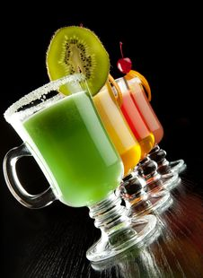 Free Cocktails Stock Image - 26738121