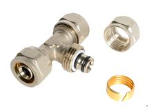 Free Metal Tee Fittings For Pipes Stock Images - 26740164