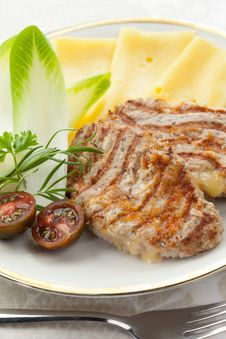 Free Minced Cutlets With Cheese Royalty Free Stock Photography - 26776647