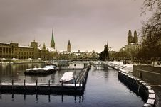 Free Zürich City In Winter Royalty Free Stock Photography - 26778837