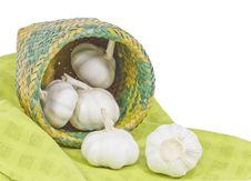 Free Basket Of Garlic Royalty Free Stock Images - 26779319
