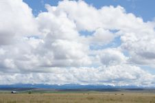 Free Snow-capped Mountain Range In Oregon Royalty Free Stock Images - 26793319