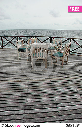 Free Sea Front Dining Stock Image - 2681291