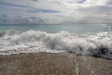 Free Summer Sea Royalty Free Stock Photo - 2680595