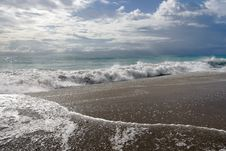 Free Summer Sea Royalty Free Stock Images - 2680619