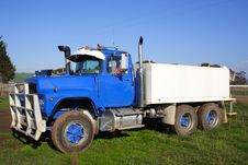 Free Small Truck Royalty Free Stock Photos - 2680908