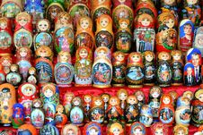 Free Matreshka Dolls Royalty Free Stock Photography - 26813157