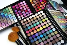 Free Make-up Palette And Brushes Stock Photography - 26818872