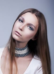 Free Pretty Young Woman Face - Classic Makeup Stock Image - 26819251
