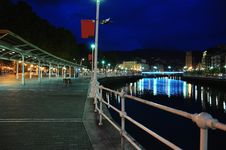 Free Bilbao Riverfront By Night Royalty Free Stock Images - 26825729