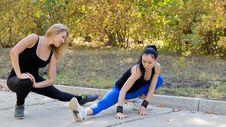 Free Women Athletes Training Outdoors Stock Photography - 26837952