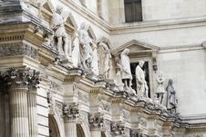 Free Beautiful Statues Located On The Museum Of The Louvre In Paris, France Royalty Free Stock Photo - 26842385
