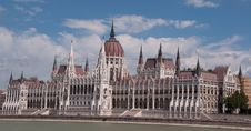 Free The Hungarian Parliament Royalty Free Stock Image - 26843246