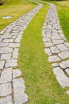 Free Curved Cobblestone Road Royalty Free Stock Photo - 26845355