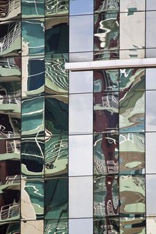 Free Glass Detail Of Modern Building Royalty Free Stock Photos - 26847088