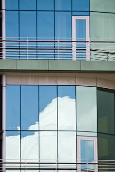 Free Glass Detail Of Modern Building Stock Photography - 26847242