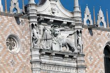 Free Basilica San Marco In Venice, Italy Royalty Free Stock Image - 26850246